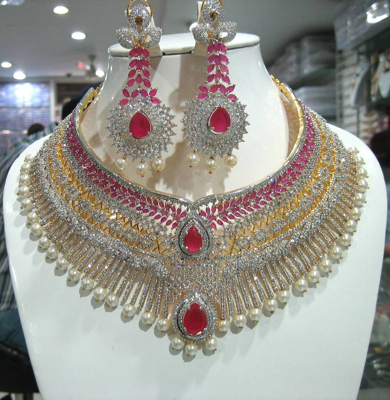 Artificial Jewellery A Must Have For The Modern Woman