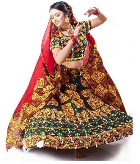 Gujarati-Chaniya-Choli
