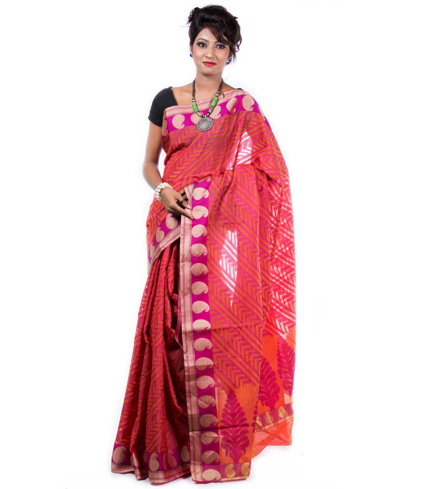 Red hand woven cotton saree