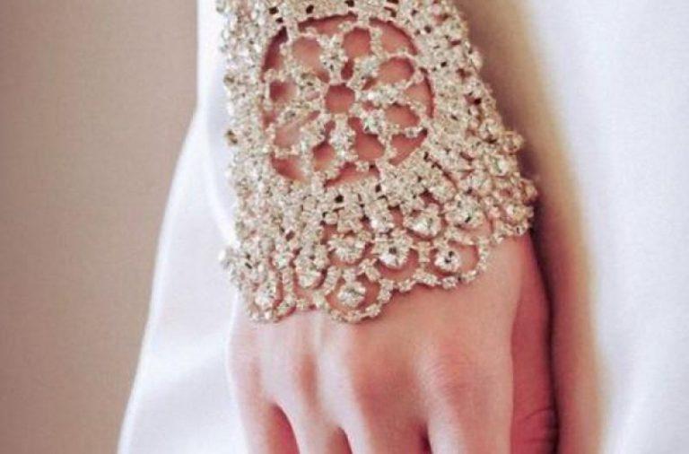 wrist-jewellery