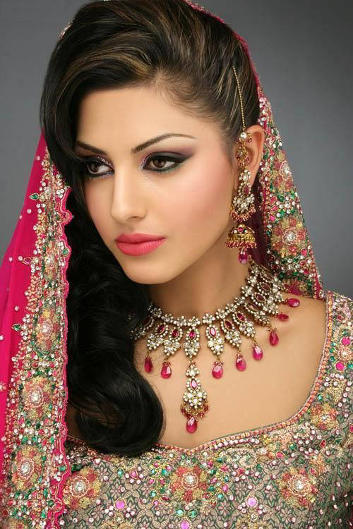 Wedding Hairstyles for Indian Brides