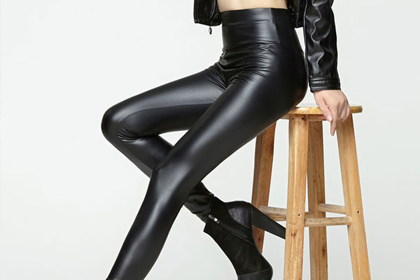 leatherLeggings-Pants