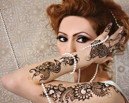 Mehndi Hairstyles 2017 : Top simple mehndi designs for hands in different